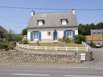 Maison Plenee Jugon &bull; <span class='offer-area-number'>138</span> m² environ &bull; <span class='offer-rooms-number'>7</span> pièces
