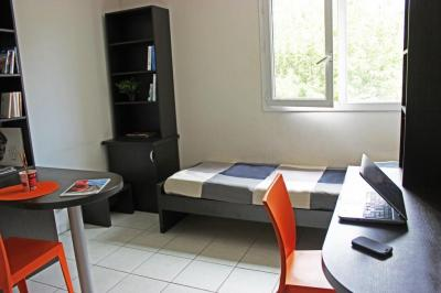 Appartement Toulon &bull; <span class='offer-area-number'>18</span> m² environ &bull; <span class='offer-rooms-number'>1</span> pièce