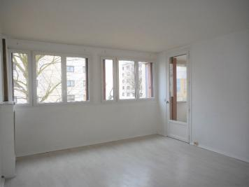 Appartement Les Clayes sous Bois &bull; <span class='offer-area-number'>64</span> m² environ &bull; <span class='offer-rooms-number'>3</span> pièces