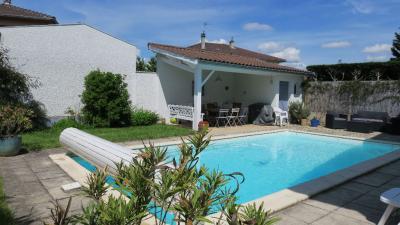Maison Irigny &bull; <span class='offer-area-number'>134</span> m² environ &bull; <span class='offer-rooms-number'>7</span> pièces