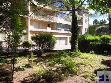 Appartement Nimes &bull; <span class='offer-area-number'>47</span> m² environ &bull; <span class='offer-rooms-number'>2</span> pièces