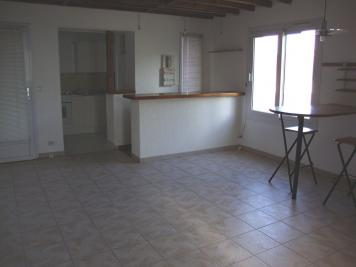 Appartement Le Coudray Montceaux &bull; <span class='offer-area-number'>49</span> m² environ &bull; <span class='offer-rooms-number'>2</span> pièces