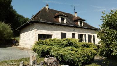 Maison St Aulaire &bull; <span class='offer-area-number'>127</span> m² environ &bull; <span class='offer-rooms-number'>5</span> pièces