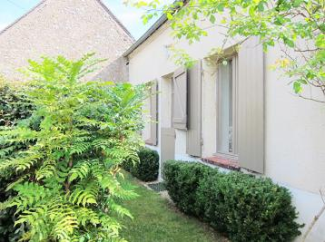 Maison La Chapelle sur Aveyron &bull; <span class='offer-area-number'>110</span> m² environ &bull; <span class='offer-rooms-number'>3</span> pièces