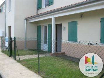 Appartement Cournon D Auvergne &bull; <span class='offer-area-number'>46</span> m² environ &bull; <span class='offer-rooms-number'>2</span> pièces