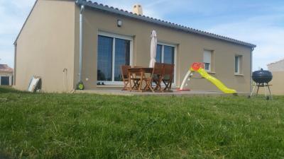 Maison Pierrelatte &bull; <span class='offer-area-number'>89</span> m² environ &bull; <span class='offer-rooms-number'>4</span> pièces