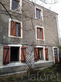 Maison Airvault &bull; <span class='offer-area-number'>125</span> m² environ &bull; <span class='offer-rooms-number'>4</span> pièces