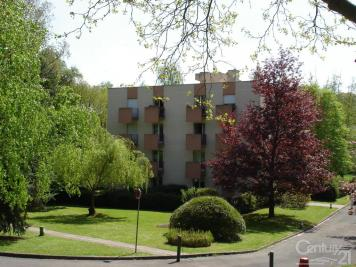 Appartement Gif sur Yvette &bull; <span class='offer-area-number'>27</span> m² environ &bull; <span class='offer-rooms-number'>1</span> pièce