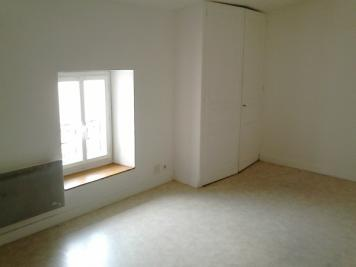 Appartement Amberieu en Bugey &bull; <span class='offer-area-number'>35</span> m² environ &bull; <span class='offer-rooms-number'>1</span> pièce