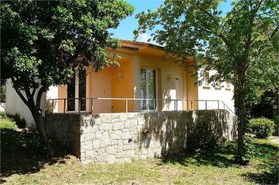 Maison Sari Solenzara &bull; <span class='offer-area-number'>57</span> m² environ &bull; <span class='offer-rooms-number'>3</span> pièces