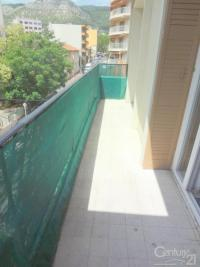 Appartement Toulon &bull; <span class='offer-area-number'>53</span> m² environ &bull; <span class='offer-rooms-number'>2</span> pièces