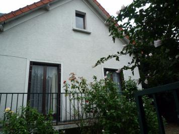 Maison St Maur des Fosses &bull; <span class='offer-area-number'>86</span> m² environ &bull; <span class='offer-rooms-number'>4</span> pièces