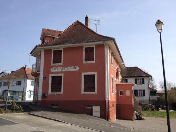 Immeuble Roppentzwiller &bull; <span class='offer-area-number'>300</span> m² environ