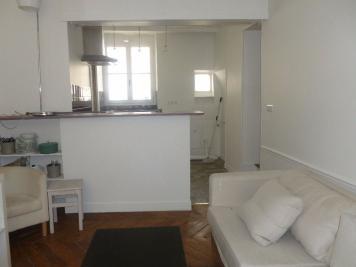 Appartement Paris 07 &bull; <span class='offer-area-number'>35</span> m² environ &bull; <span class='offer-rooms-number'>2</span> pièces