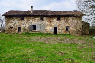 Maison Oradour sur Glane &bull; <span class='offer-area-number'>116</span> m² environ &bull; <span class='offer-rooms-number'>5</span> pièces