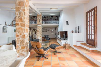 Maison Carnoux en Provence &bull; <span class='offer-area-number'>180</span> m² environ &bull; <span class='offer-rooms-number'>6</span> pièces
