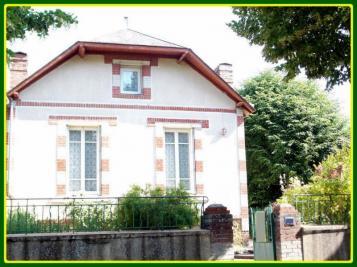 Maison Le Blanc &bull; <span class='offer-area-number'>65</span> m² environ &bull; <span class='offer-rooms-number'>3</span> pièces