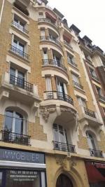 Appartement Paris 15 &bull; <span class='offer-area-number'>50</span> m² environ &bull; <span class='offer-rooms-number'>3</span> pièces