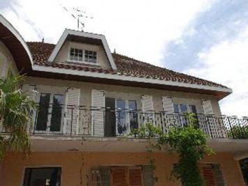 Appartement Corbas &bull; <span class='offer-area-number'>65</span> m² environ &bull; <span class='offer-rooms-number'>3</span> pièces