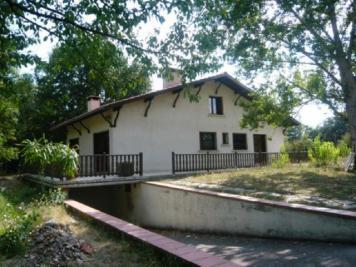Maison Pibrac &bull; <span class='offer-area-number'>147</span> m² environ &bull; <span class='offer-rooms-number'>5</span> pièces
