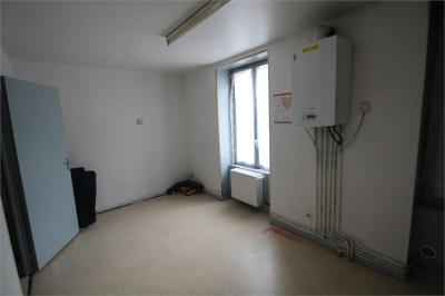 Appartement Le Chambon Feugerolles &bull; <span class='offer-area-number'>48</span> m² environ &bull; <span class='offer-rooms-number'>2</span> pièces