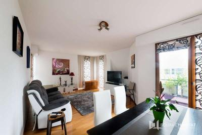 Appartement Reze &bull; <span class='offer-area-number'>75</span> m² environ &bull; <span class='offer-rooms-number'>4</span> pièces