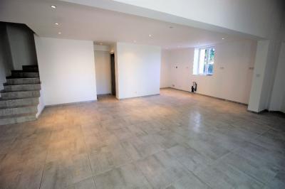 Maison La Crau &bull; <span class='offer-area-number'>57</span> m² environ &bull; <span class='offer-rooms-number'>3</span> pièces