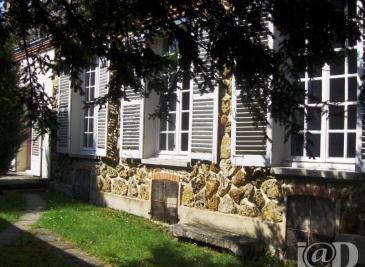 Maison Pont sur Seine &bull; <span class='offer-area-number'>160</span> m² environ &bull; <span class='offer-rooms-number'>4</span> pièces