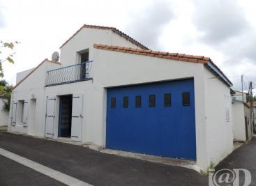 Maison Mornac sur Seudre &bull; <span class='offer-area-number'>93</span> m² environ &bull; <span class='offer-rooms-number'>4</span> pièces