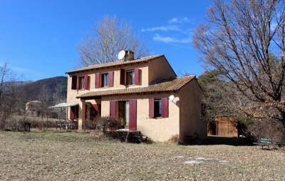 Maison Barreme &bull; <span class='offer-area-number'>112</span> m² environ &bull; <span class='offer-rooms-number'>7</span> pièces