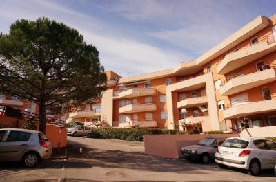 Appartement Montpellier &bull; <span class='offer-area-number'>48</span> m² environ &bull; <span class='offer-rooms-number'>2</span> pièces