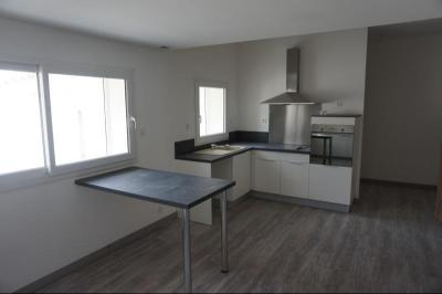 Appartement Greoux les Bains &bull; <span class='offer-area-number'>57</span> m² environ &bull; <span class='offer-rooms-number'>3</span> pièces