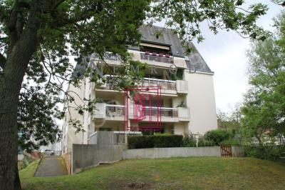 Appartement Romorantin Lanthenay &bull; <span class='offer-area-number'>47</span> m² environ &bull; <span class='offer-rooms-number'>1</span> pièce