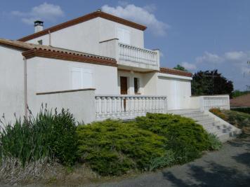 Maison Montauban &bull; <span class='offer-area-number'>160</span> m² environ &bull; <span class='offer-rooms-number'>6</span> pièces
