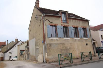 Maison St Florentin &bull; <span class='offer-area-number'>105</span> m² environ &bull; <span class='offer-rooms-number'>5</span> pièces