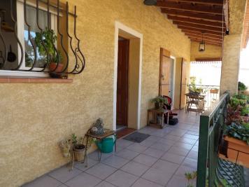 Maison La Crau &bull; <span class='offer-area-number'>142</span> m² environ &bull; <span class='offer-rooms-number'>6</span> pièces