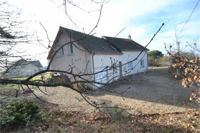 Maison Le Breuil &bull; <span class='offer-area-number'>170</span> m² environ &bull; <span class='offer-rooms-number'>7</span> pièces