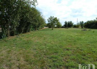 Terrain Beauchamps sur Huillard &bull; <span class='offer-area-number'>1 119</span> m² environ