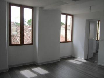 Appartement Condom &bull; <span class='offer-area-number'>40</span> m² environ &bull; <span class='offer-rooms-number'>2</span> pièces
