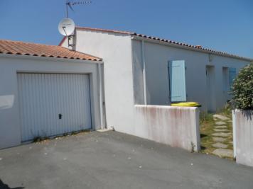 Maison St Pierre d Oleron &bull; <span class='offer-area-number'>79</span> m² environ &bull; <span class='offer-rooms-number'>4</span> pièces