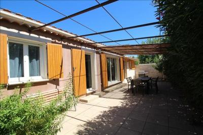 Maison Althen des Paluds &bull; <span class='offer-area-number'>129</span> m² environ &bull; <span class='offer-rooms-number'>8</span> pièces