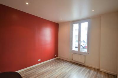 Appartement Courbevoie &bull; <span class='offer-area-number'>29</span> m² environ &bull; <span class='offer-rooms-number'>2</span> pièces