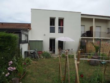 Maison Buxerolles &bull; <span class='offer-area-number'>50</span> m² environ &bull; <span class='offer-rooms-number'>2</span> pièces