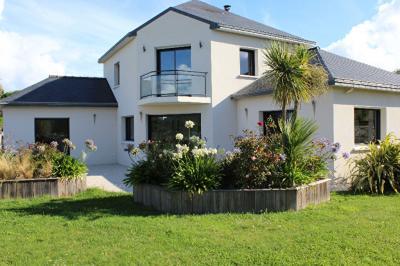 Maison Pordic &bull; <span class='offer-area-number'>160</span> m² environ &bull; <span class='offer-rooms-number'>6</span> pièces