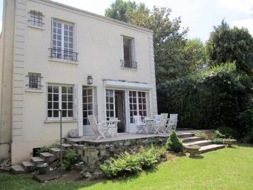 Maison Sceaux &bull; <span class='offer-area-number'>180</span> m² environ &bull; <span class='offer-rooms-number'>8</span> pièces