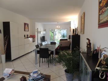 Maison L Estaque &bull; <span class='offer-area-number'>115</span> m² environ &bull; <span class='offer-rooms-number'>5</span> pièces