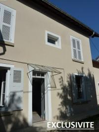 Maison La Tour du Pin &bull; <span class='offer-area-number'>85</span> m² environ &bull; <span class='offer-rooms-number'>4</span> pièces