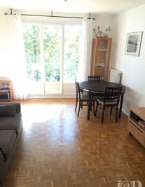 Appartement Viry Chatillon &bull; <span class='offer-area-number'>70</span> m² environ &bull; <span class='offer-rooms-number'>4</span> pièces