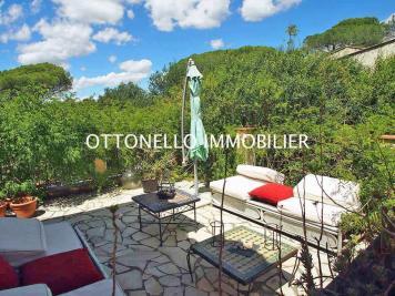 Maison Roquebrune sur Argens &bull; <span class='offer-area-number'>100</span> m² environ &bull; <span class='offer-rooms-number'>3</span> pièces