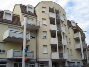 Appartement Selestat &bull; <span class='offer-area-number'>86</span> m² environ &bull; <span class='offer-rooms-number'>4</span> pièces